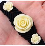 Zwarte Armband met Witte Rozen